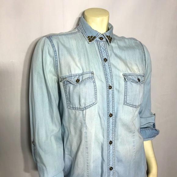 Rock & Republic Chambray Denim Button Down Shirt